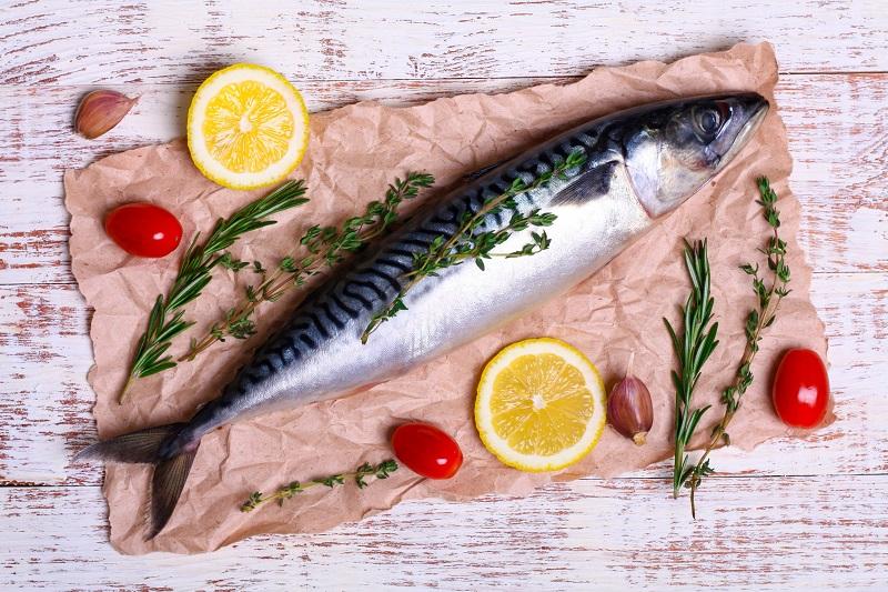 از بین بردن بوی ماهی از خانه