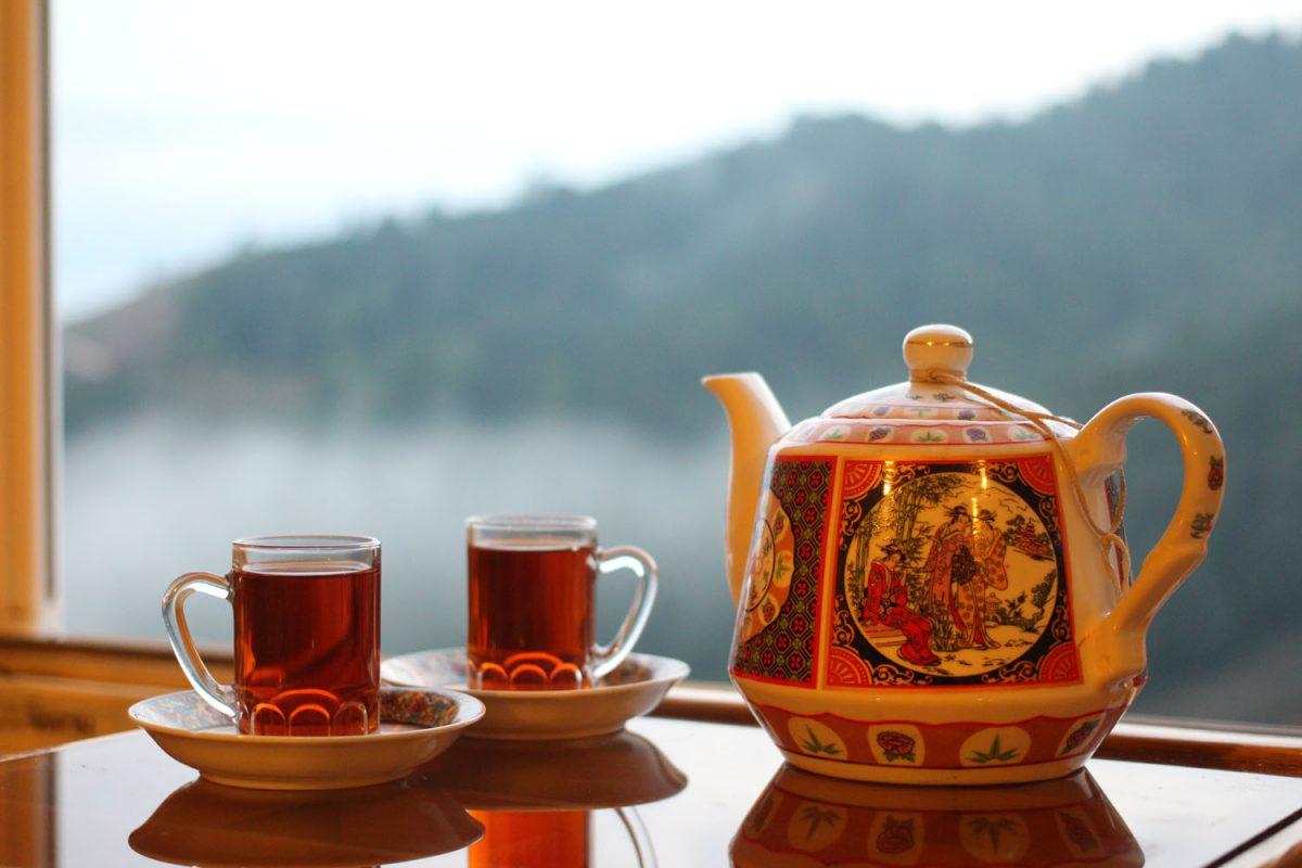 مصرف چای باعث وجود چه اتفاقاتی در بدن ما میشود؟ +فواید و مضرات چای -  رستوران ارکیده
