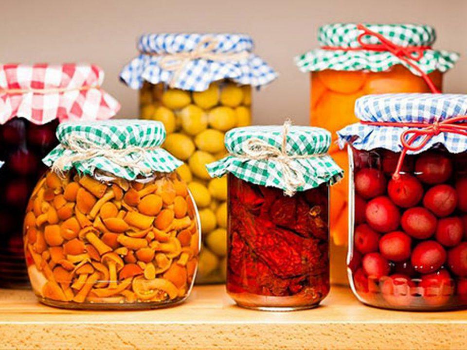 طرز تهیه چند ترشی فصلی