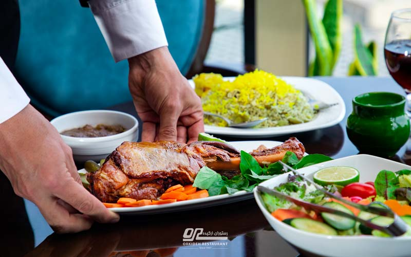 دلیوری غذا در محدوده میدان صادقیه