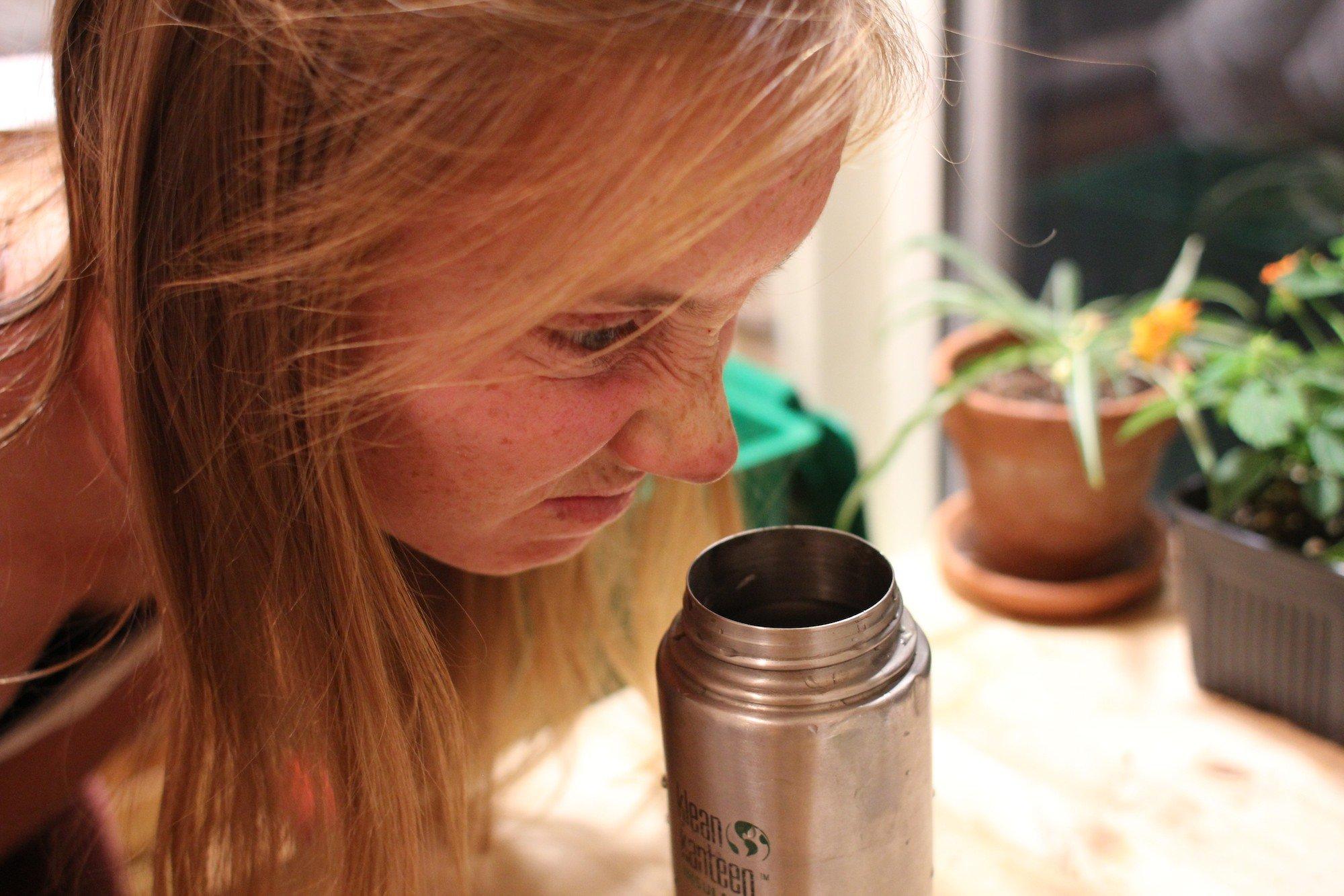 از بین بردن بوی ظروف
