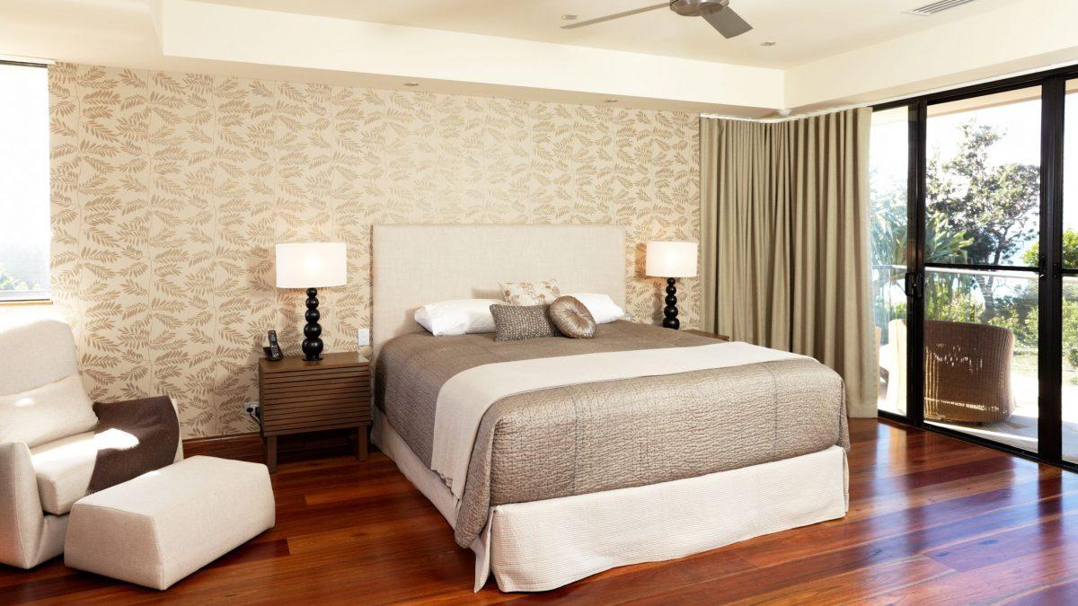 تمیزکاری اتاق خواب